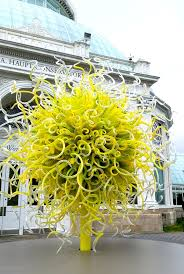 chihuly exhibition illuminates brilliant color and light at the new york botanical garden blogcritics