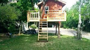 kids wooden fort how