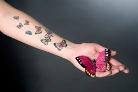 Ta Kérka Musí Pryč Tetování Lituje Každý Druhý ženy Dívky