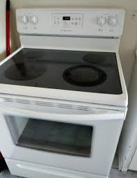 glass top electric stove free delivery still s for new in excellent condition frigidaire oven cleaning