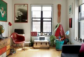 Tiny new york apartments Quirky Mid Century Modern Renovation Of Tiny New York Apartment Digsdigs Midcentury Modern Renovation Of Tiny New York Apartment Digsdigs