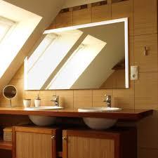 Badspiegel Mit Beleuchtung Und Uhr 34 Einzigartige Badezimmer Uhr