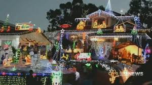 9news Christmas Lights Aussie Homeowners Warned Of House Fire Risk From Christmas