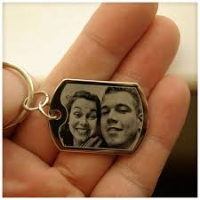 photo end gift makes a great keychain as a constant reminder of your love for that special person