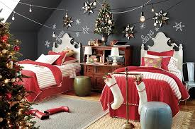 Add Christmas cheer effect with bedroom Christmas decoration for this year  | Bedroom Decorating Ideas and Designs
