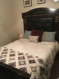 Coal Creek Queen Mansion Bed