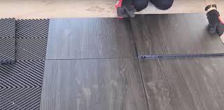 vinyl flooring tiles installation