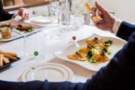 Restaurant Alle Corone In Venice Book Your Table In Our Luxury