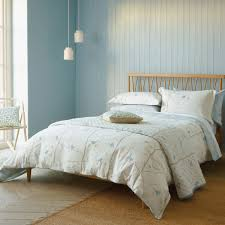 Sanderson Bedding | Dawn Chorus in Blue & Ivory at Bedeck 1951 & Sanderson Dawn Chorus Bedding ... Adamdwight.com