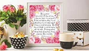 Verset Biblique Mariage Citations Bible Verset Wall Art Chrétien Impression Dart Lamour Est Patient Amour Est Genre 1 Corinthiens 134 8 Fleurs