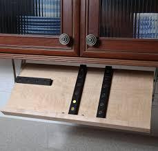 kitchen-knife-storage-under-cabinet-ideas