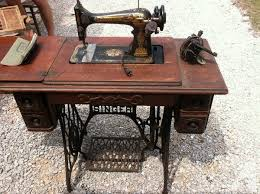 1916 Singer Sewing Machine For Sale