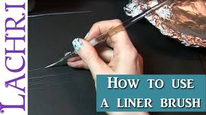 How to use a liner brush for fine detail in oils or acrylics Tips ...