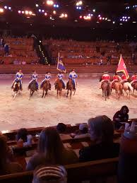riding horses at dolly parton s stede dinner show pigeon forge