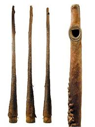 The folklore and traditional music archives constitute a valuable collection containing more than 3,000 audio recordings and photographs of traditional sudanese music collected since 1963 as a result of different research initiatives on folklore and oral traditions from diverse sudanese. Sudan Horn 1