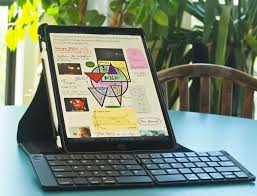 The Best <b>Folding Bluetooth Keyboard</b> 2020: Jelly Comb, iClever ...