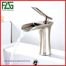 how to repair a leaky tub faucet repair leaky bathroom faucet inspirational bathtub faucet leaking ideas