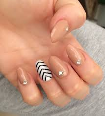 Acrylic Nail Designs Oval Oval Nails Acrylic Nail Design With Diamonds Beige Nails