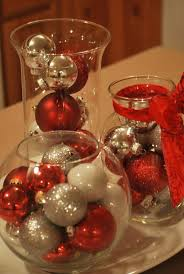 15 Cheap and Easy DIY Christmas Centerpieces - Christmas Centerpiece Ideas  by Homemade Christmas Decorations ...