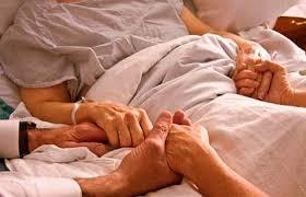Resultado de imagen de Prohiben orar por los enfermos en hospitales de China
