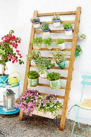 how to build a vertical garden. diy vertical garden how to build a