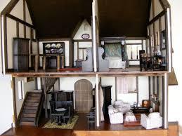 Issue  Nov  P Dolls Houses Past  Present - Dolls house interior