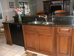 Maple Kitchen Cabinets With Black Appliances 751898241 Tanamen
