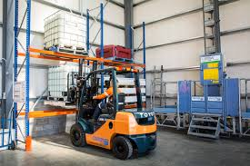 insight 2 toyota material handling s leading toyota s business class forklifts are an affordable and viable alternative to new forklifts