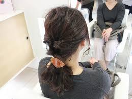 くるりんぱだけで簡単完成こなれ感バツグンなポニーテールでヘア