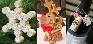 10 diy wine cork christmas decoration