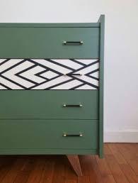 25 vieux meubles en bois totalement relookés !