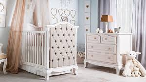 Cleopatra collection with classic tufted crib