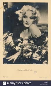 Marlene Dietrich 6378 3 Ross Verlag 1932 Stock Photo - Alamy