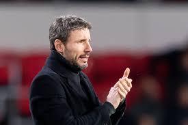Der niederländer war seit ende 2019 vereinslos. Report Mark Van Bommel Leading Candidate For Wolfsburg Job Should Oliver Glasner Leave Bavarian Football Works