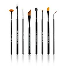 what s in sigma beauty s on point brush collection makeup need this set