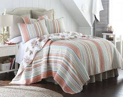 Amazon.com: Brighton Coral Full/Queen Cotton Quilt Set Stripe ... & Amazon.com: Brighton Coral Full/Queen Cotton Quilt Set Stripe Coastal: Home  & Kitchen Adamdwight.com