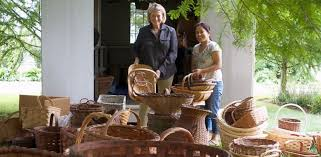 photo martha stewart cleaning out her basket house