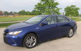 2015 toyota camry blue. hybrid gives us another good reason to buy a camry camry1 2015 toyota blue