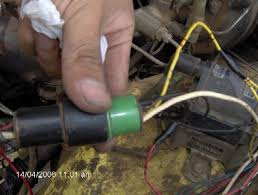 22re alternator upgrade pirate4x4 com 4x4 and off road forum on the new alternator harness yellow yellow red red black black white white you will have a extra yellow wire after you splice the new connector