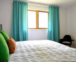 What Color & Design Of Curtains Go With White Walls ?   Buzfr