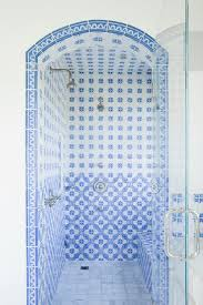 how to clean a glass shower door