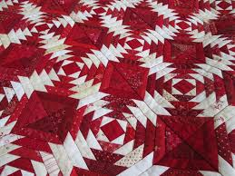 Best 25+ Pineapple quilt pattern ideas on Pinterest | Pineapple ... & Beautiful red/white Pineapple quilt Cupcakes 'n Daisies: Pineapple, done  and home · Quilt Block PatternsBlock ... Adamdwight.com