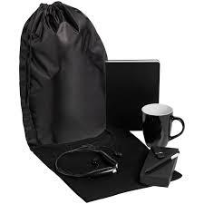 <b>Набор Welcome Kit</b> (футболка, кружка, bluetooth наушники ...