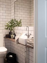 37+ Tiny House Bathroom Designs That Will Inspire You, Best Ideas ! Small  Toilet RoomSmall ...