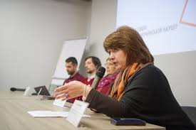 Плагиат лженаука и липовые диссертации чем больна украинская  Нана Войтенко