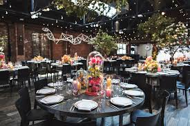Round Table Settings For Weddings Round Tables Vs Rectangle Tables For A Wedding Nyc Event