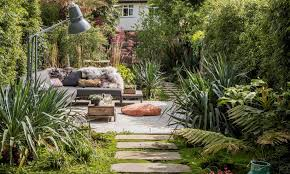 outdoor living room ideas how to