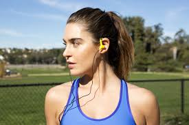 spring clean your workout playlist and add these new songs we ve got a mix of top 40 hits and dance jams that ll get you through a 45 minute workout