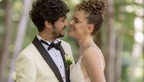 Taner Ölmez ile Ece Çeşmioğlu evlendi!