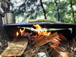 Turkish Food Gozleme Cooked In Wood Fire Pan In The Forest. Stock Image -  Image of firewood, flat: 121315485